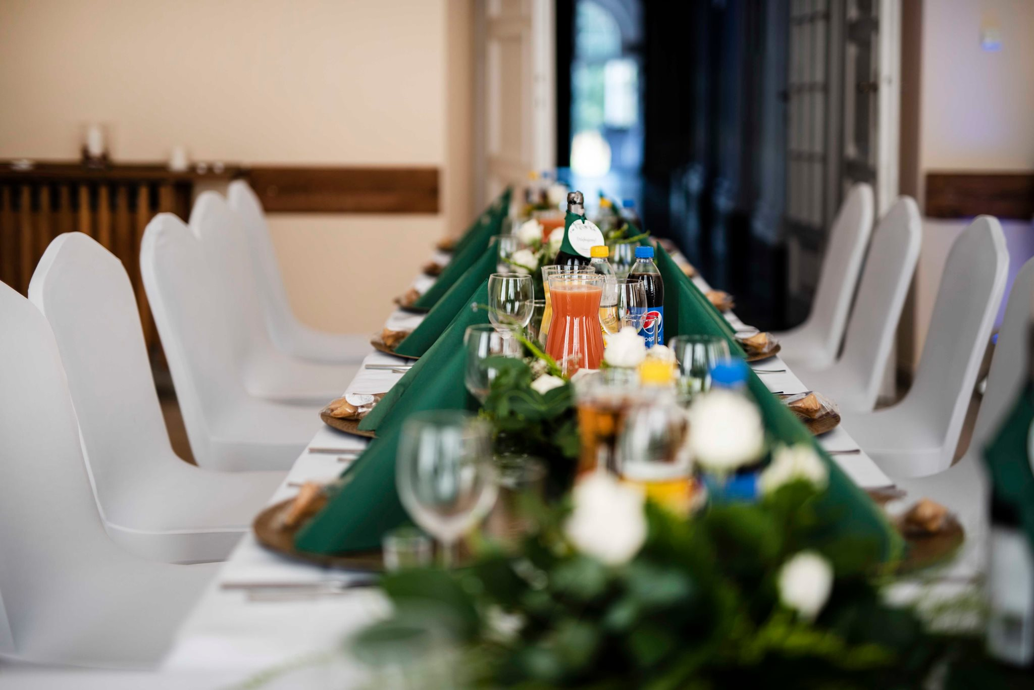 Aranżacja stołu w Pałacu Radziwiłłów