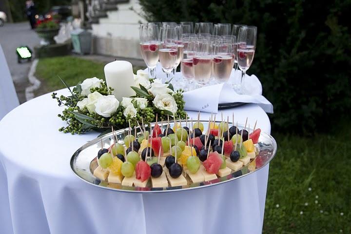 Przekąski przygotowane na impreze firmową organizowaną w Pałacu Radziwiłłów pod Krakowem